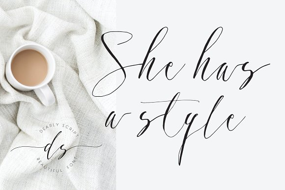 Dearly Calligraphy Font